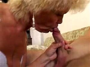 Lusty Blonde Grandma With Swollen Cunt Gets Anal Porn