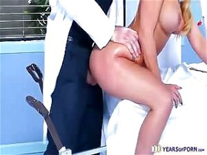 Naughty Doctor Fucks His Hot MILF Patient During Check Up Porn