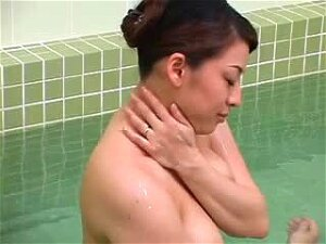 Married Asian Cheats On Her Boyfriend With Her Colleague Porn