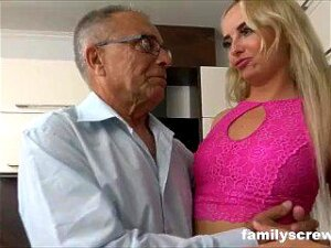 Unexpected Family Present Porn