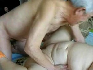 Excellent Chinese Older People Having Great Sex Porn