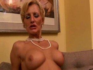 Roxana Italian Teen Fucked Porn
