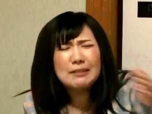 Japanese Cute House Wife Fuckin On The Bus And Man Is Lucky God Porn