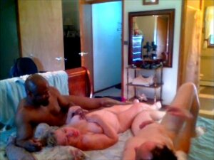 Couple Plays With Great BBC Both Suck His Cock Porn