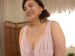 Chubby Japanese Chick Hayama Nobuko Spreads Her Legs To Tease Porn
