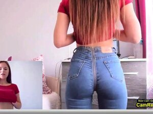 Brunette Girl With Nice Ass Orgasms In Her Jeans Porn