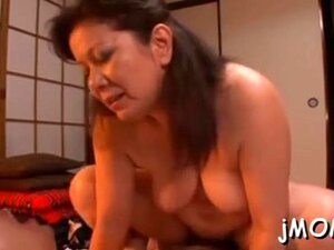 Stunning Asian Mature Gets Her Pussy Drilled Vigorously Porn