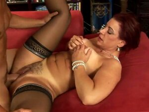Amateur Mature Fucks In Hairy Pussy Porn