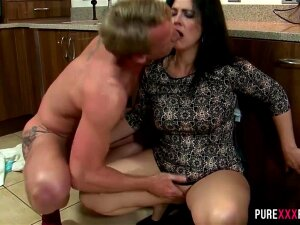 Spanish Swinger Wife Is Ready For Some Action! This Horny Milf Just Loves To Get Nasty And Truly Enjoys A Good Set Of Hardcore Fucking, Especially With Younger Men Who Still Have The Stamina To Give Her What She Wants! Porn