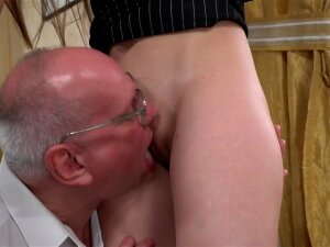 Old Man With Glasses Tastes Teen Puss And Gets Crazy Porn