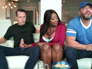 Diamond Jackson Sucks Cock And Her Hubby Does Not Notice It Porn