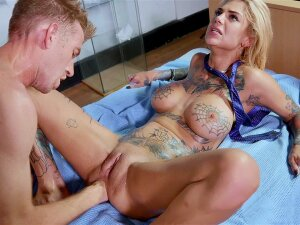Bonnie Rotten Gets Her Ass Fisted By Danny D Porn