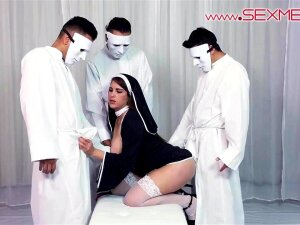 Hot Latina Alexandra Paris Baptized Into The Cult Of Sexmex Porn
