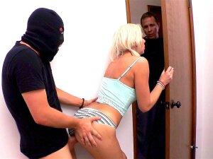 Einbrecher porno Vom Einbrecher