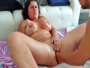 Monster Squirt With Fisting In Pussy Porn