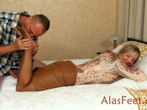 Mature Blond Female In A Brief Microskirt Invited A Super-naughty Fellow To Have A Good Pulverize Time Porn