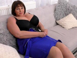 BBW Is Breathtaking In A Sexy Black Corset Porn