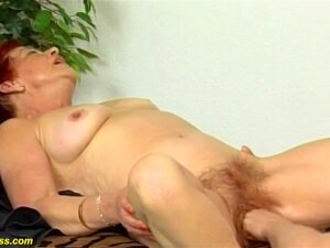 78 Years Old Mom First Fisting Lesson Porn