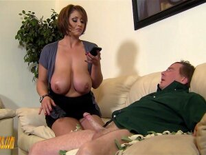 Mature Brunette Eva Notty Definitely Knows How To Please Her Sexual Needs Porn