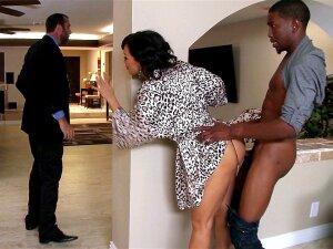 Slutty Wife Lisa Ann Taking Black Cock When Her Husband Came Back Home Porn