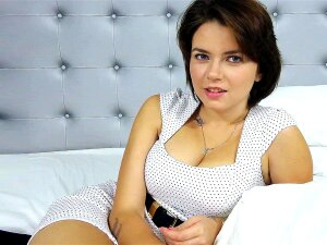 Russian Babe Marina Visconti Gives Interview And Shows Her Tits Porn