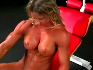 Massive Muscular Ripped Female Bodybuilder Gym Workout Porn