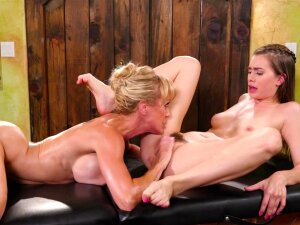 Oiled Up Hotties Brandi Love And Jill Kassidy Licking On The Massage Table Porn