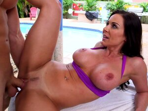Busty Milf Likes Nature A Lot Porn