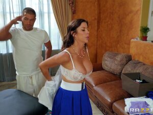 Multitasking Massage Featuring Alexis Fawx And Xander Corvus - Brazzers HD Porn