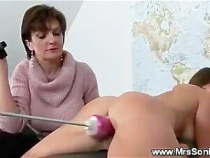 Horny Sex With Fuck Machine Porn