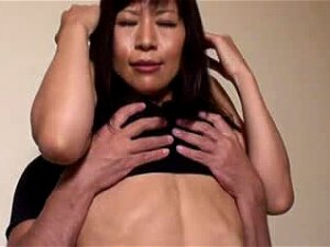 Hot Asian Shows Off Her Six Pack And Her Pussy Porn