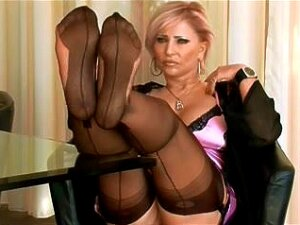 Aged And Her Stocking Feet Porn
