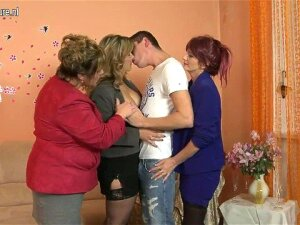 Mature MOM Mom And MOM And Their STEPSON Porn