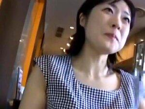 人妻不倫旅行 京香 34歳 Porn