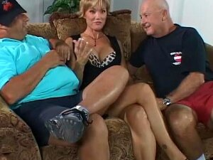 She Perform Better Infront Of Her Husband Porn