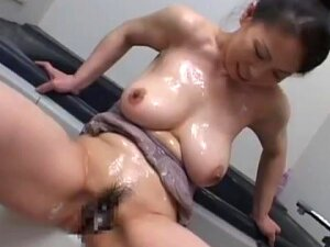 Busty Japanese Granny Takiko YUzawa Porn