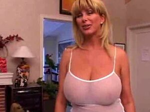 Hot Busty Mom Sucking Cock And Tit Fucking Porn