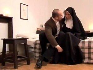 Clausura, Scene 3 Porn