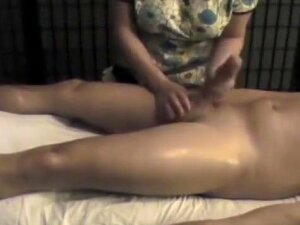 She Keeps Her Massage Concentrated Around His Dick With His Thighs Getting A Good Rubdown. Then She Grabs His Boner And Really Works Him Over With A Happy Ending Handjob. Porn