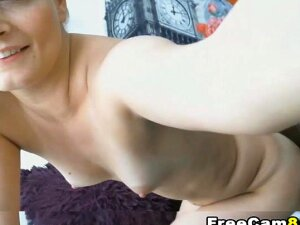 Amazing Huge Black Cock Fucking A Pretty Hot Blonde Babe And Makes Her Pussy Pretty Soaking Wet. Watch This Babe Got A Romantic Pussy Eating And Cunnilingus From Her Black Boyfriend. This Is A Interracial Sex That Must Watch Because This Couple Is So Hot. Porn