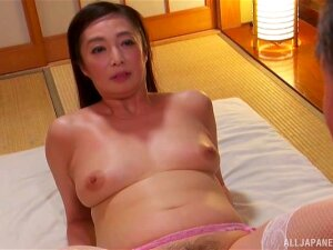 Japan Mommy Loads Her Hairy Cunt With Young Hammer Porn