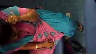 Pakistani Aunty in Train