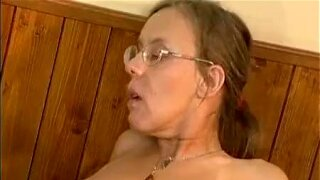 Mature housewife having an orgasm