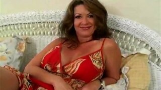Gorgeous Cougar Gets Stuffed With Big Dick